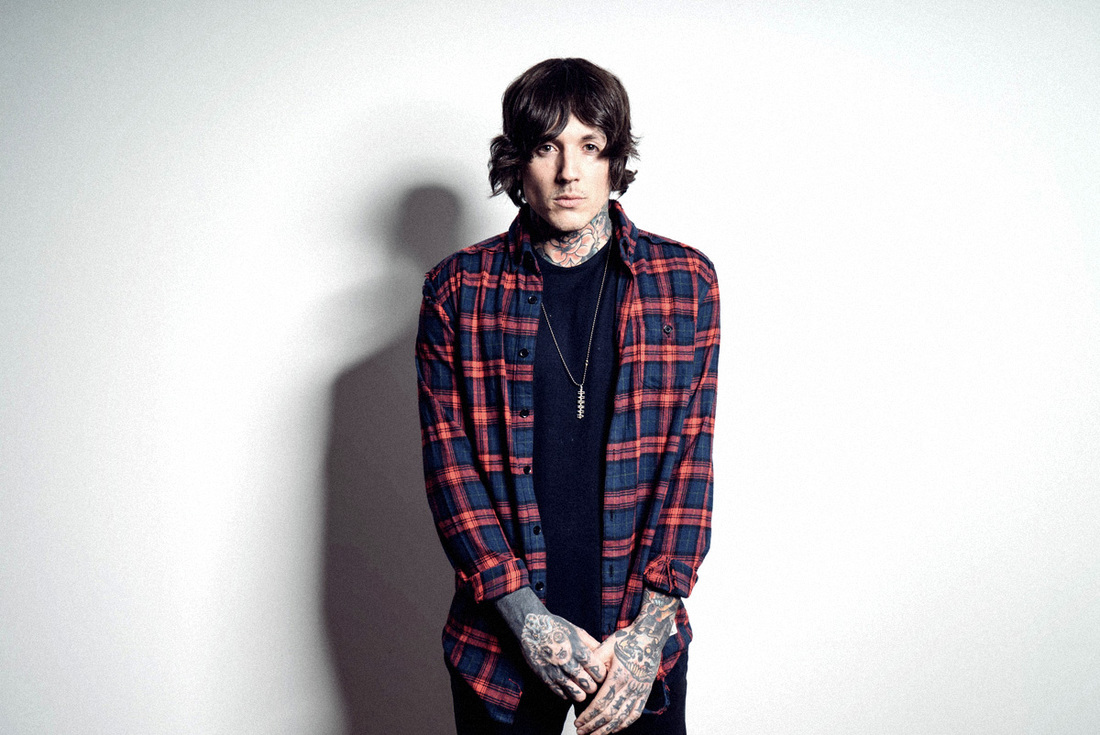 oliver-sykes-and-hannah-snowdon-have-reportedly-split