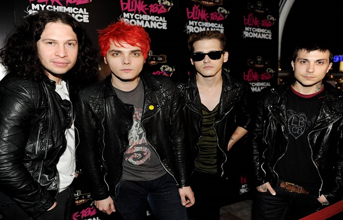 my-chemical-romance-are-teasing-something