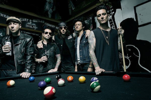 avenged-sevenfold-reveal-reasoning-behind-dropping-new-album-the-stage-album-by-surprise