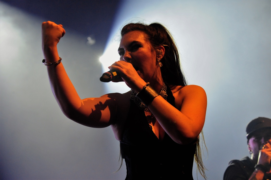 concert-review-amaranthe-nijmegen