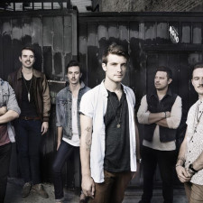 Interview with Trenton Todd Woodley & Alex Pearson From Hands Like Houses