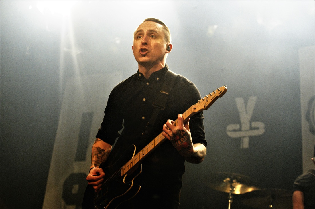 photo-review-yellowcards-very-last-dutch-show-de-melkweg-amsterdam