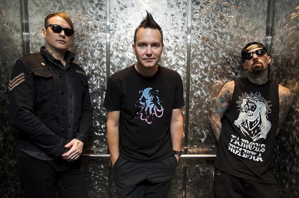 blink-182-stream-deluxe-album