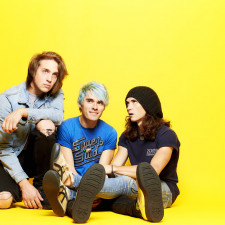 QUIZ: How Well Do You Know Waterparks' 'Double Dare'?