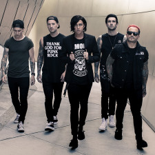 Sleeping With Sirens Are Releasing A Christmas Track Soon