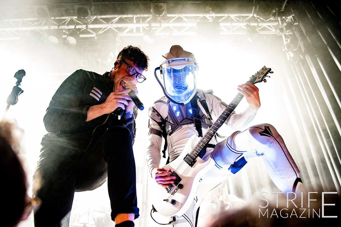 starset-show-what-they-are-made-of-in-sold-out-utrecht-show