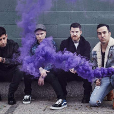 "QUIZ: How Well Do You Know Fall Out Boy's ""M A N I A""?"