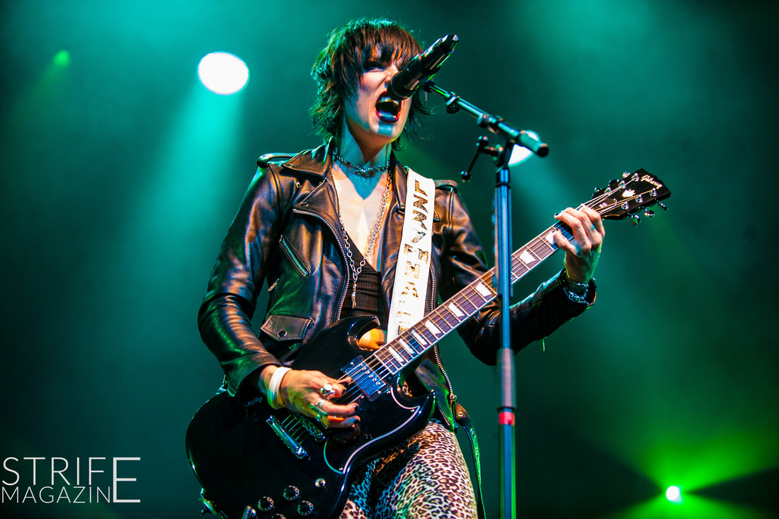 live-review-halestorm-treat-sold-out-tilburg-crowd-to-same-old-rock-show