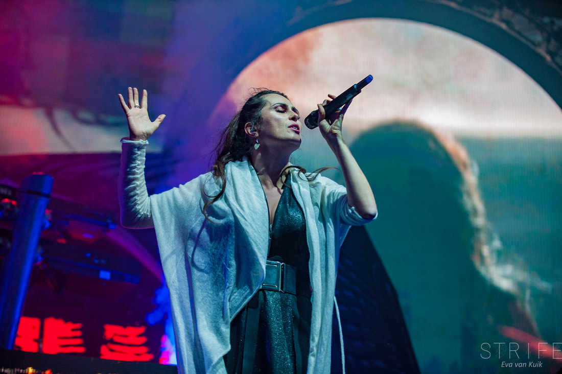 live-review-within-temptation-put-together-phenomenal-show-in-amsterdam
