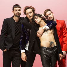 The 1975 Cover Ariana Grande In BBC Radio 1 Live Lounge
