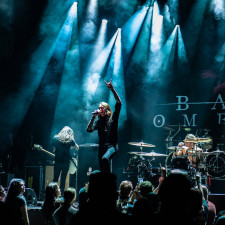 PHOTO REVIEW: Bad Omens Give The Netherlands A Debut To Remember