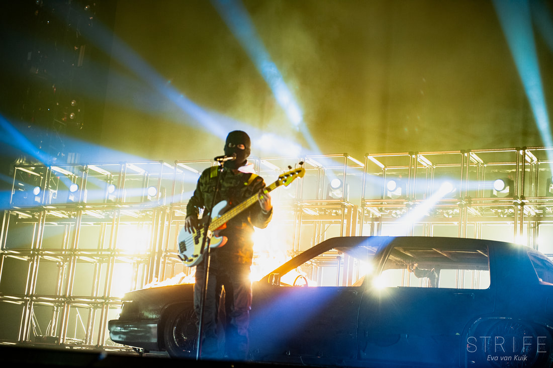 photo-review-twenty-one-pilots-take-bandito-tour-to-ecstatic-brussels-crowd