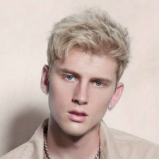 Machine Gun Kelly Debuts Collab Track With YUNGBLUD & Travis Barker