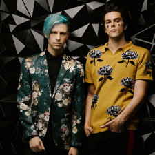 """LIVE REVIEW: iDKHOW """"Do It All The Time"""" With Their Live Show, Regardless Of Their Place On A Lineup"""