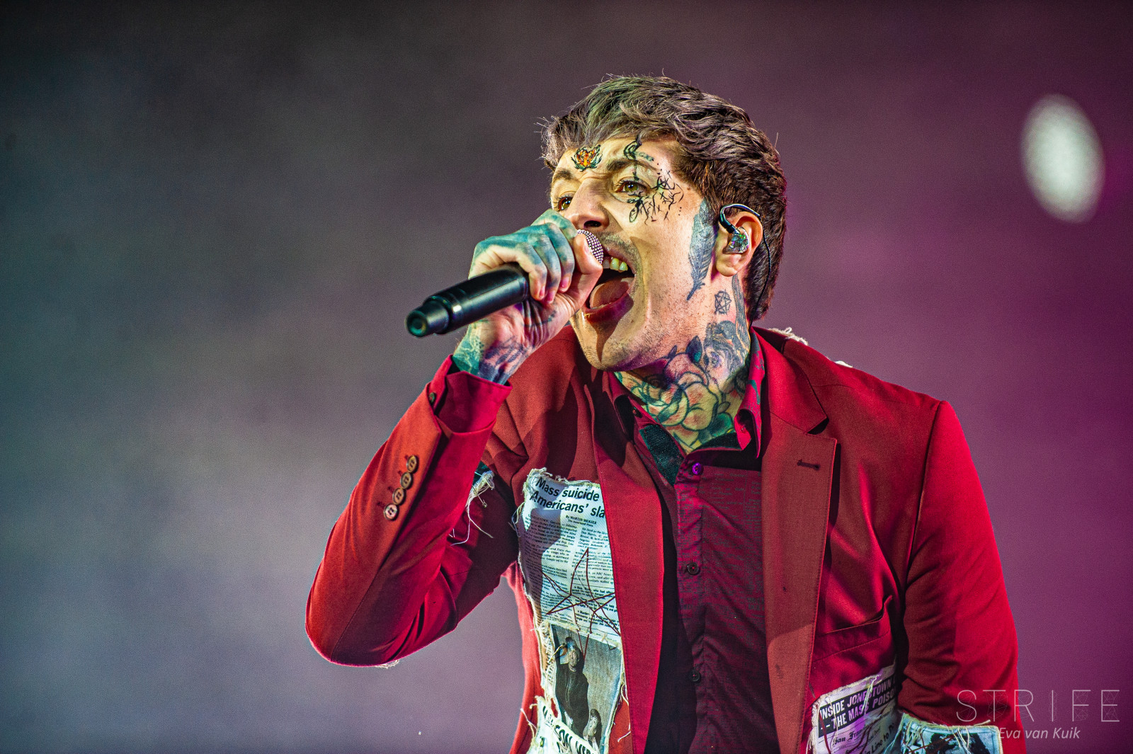 bring-me-the-horizon-oliver-sykes