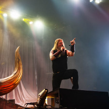 LIVE REVIEW: Amon Amarth Bring The Heat To Amsterdam With Overwhelming Pyro Show