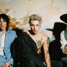Palaye Royale Enter New Era With New Singles 'No Love In LA' & 'Punching Bag'