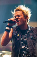 sum-41-at-jera-on-air-32