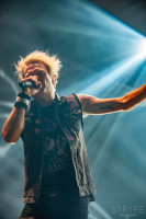 sum-41-at-jera-on-air-33