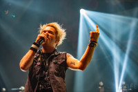 sum-41-at-jera-on-air-38