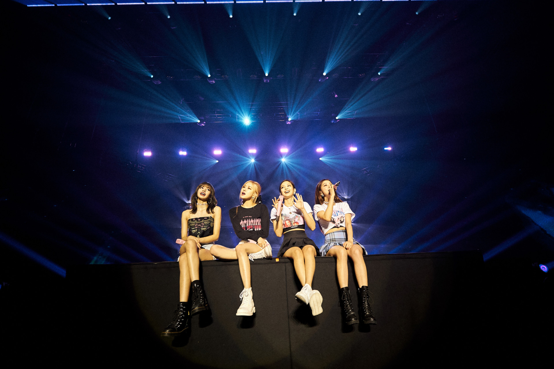 LIVE REVIEW: BLACKPINK Bring Incredible Production To Amsterdam's
