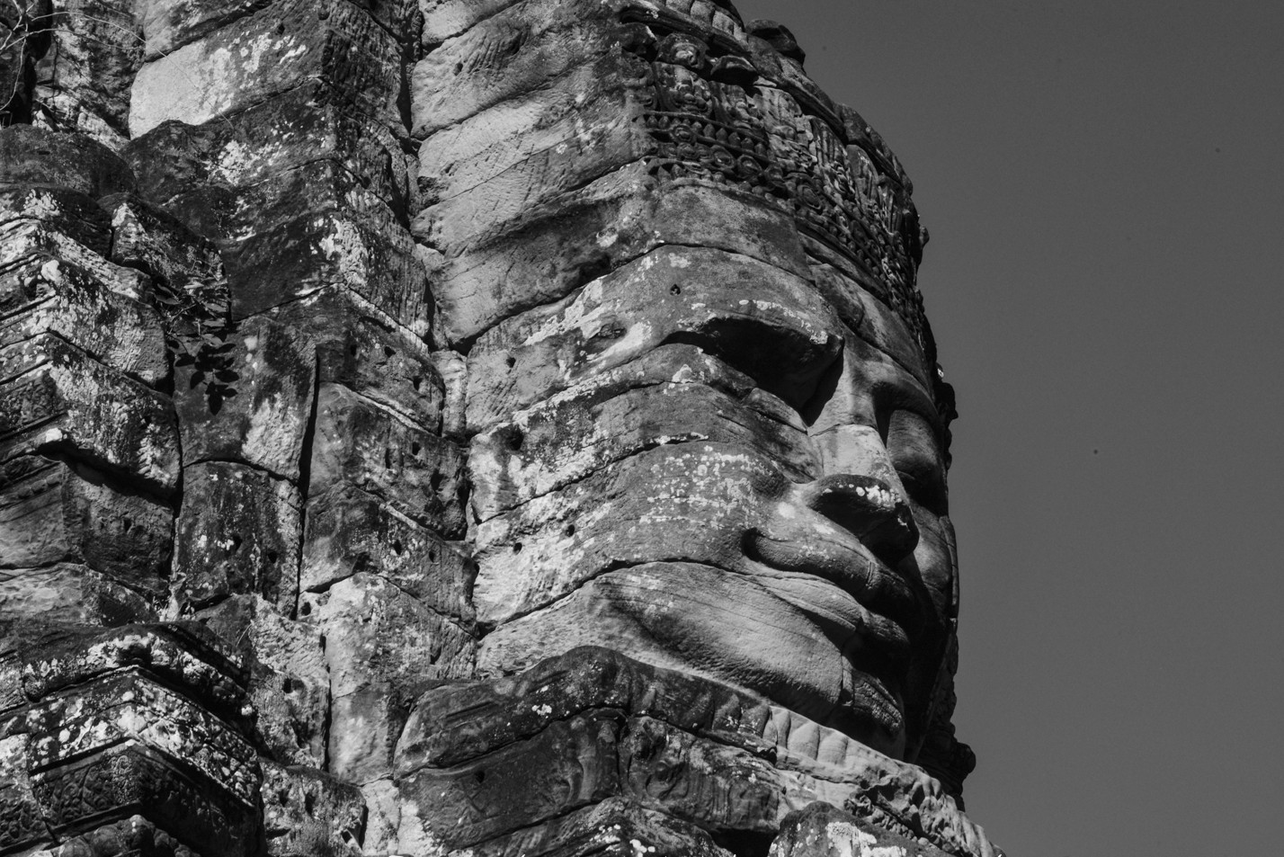 cambodia-photo-tours-angkor-wat-statues-1-2