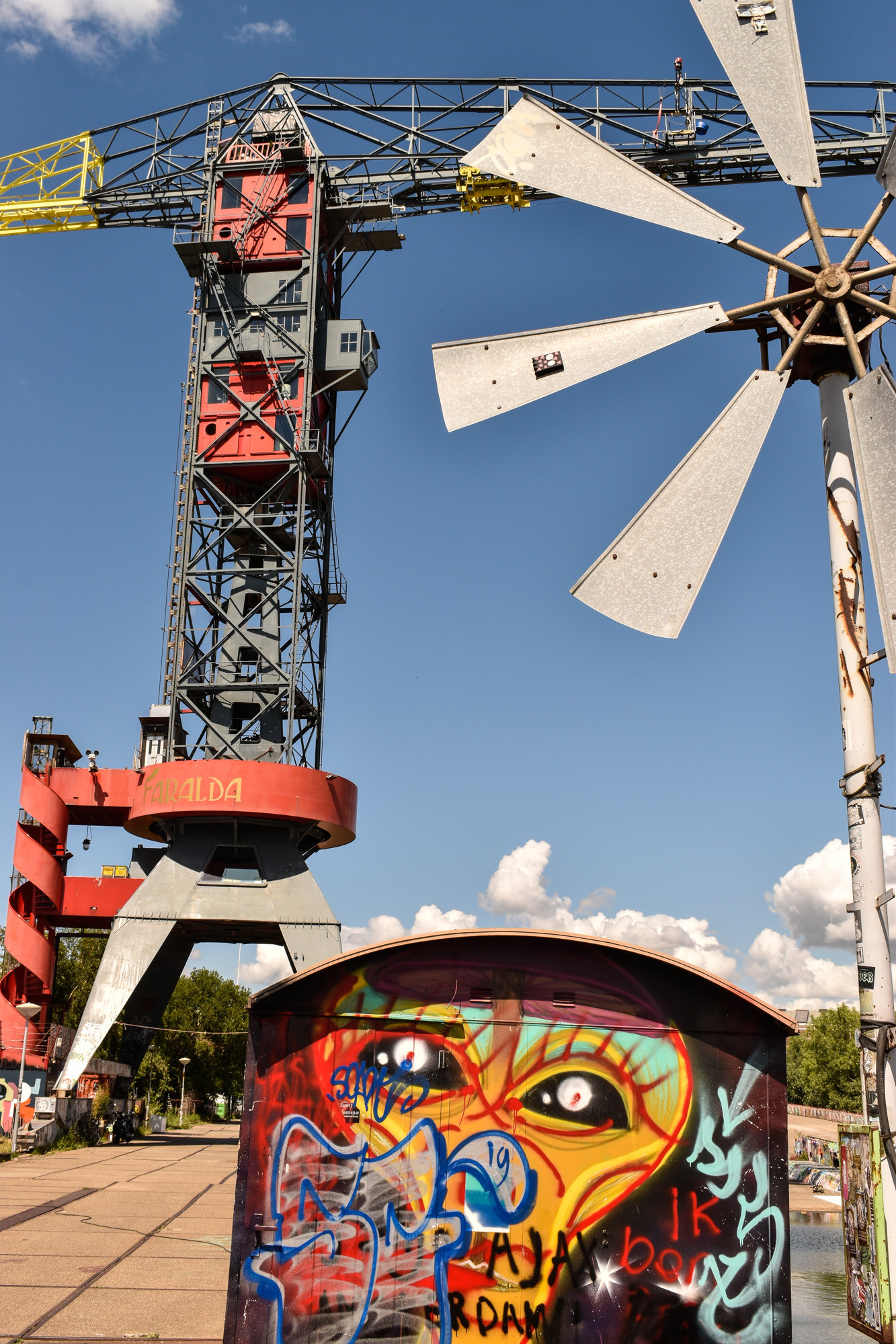 Caravan graffiti in Amsterdam