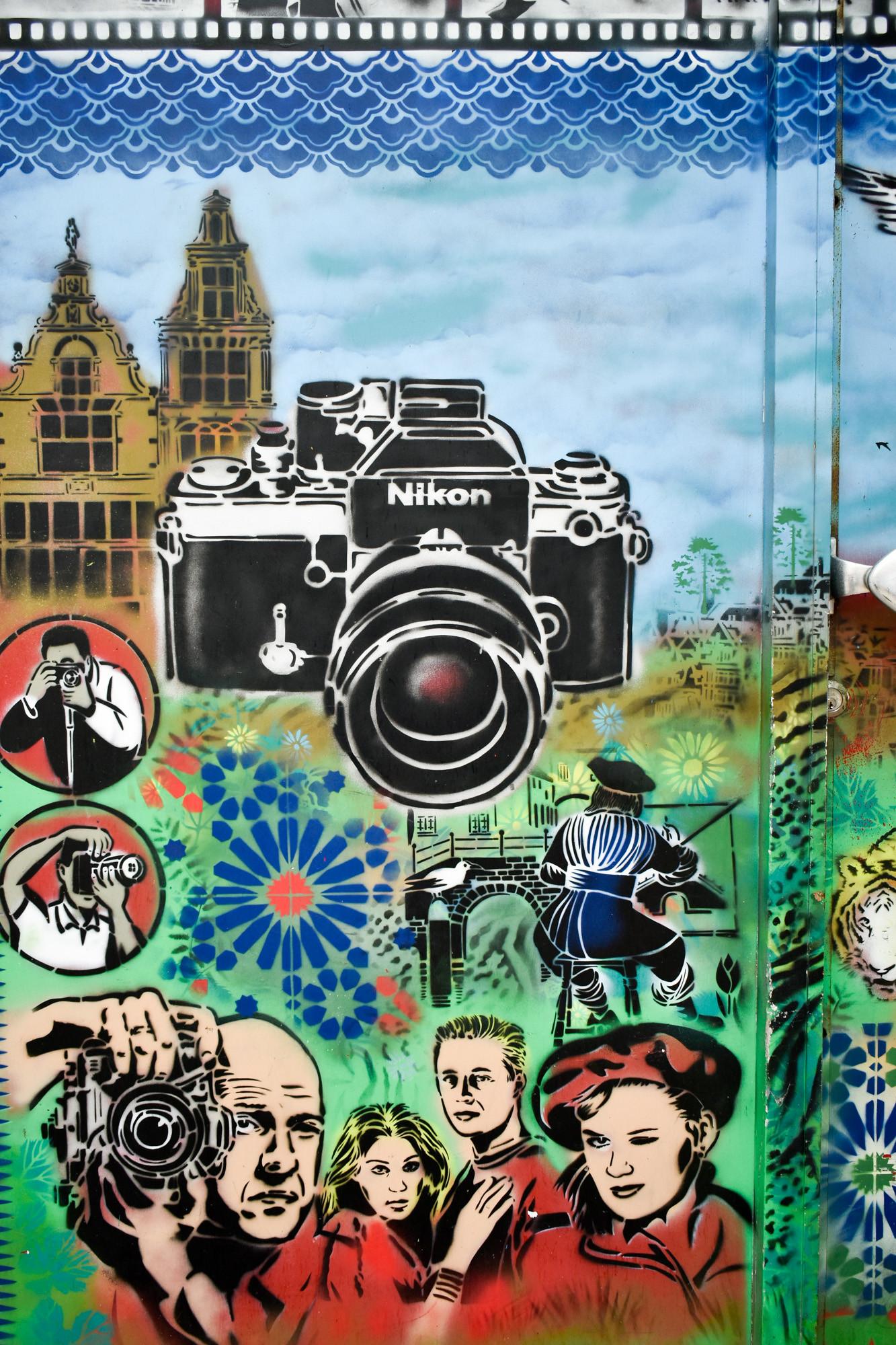 Graffiti urban Hugo Kaagman Nikon camera
