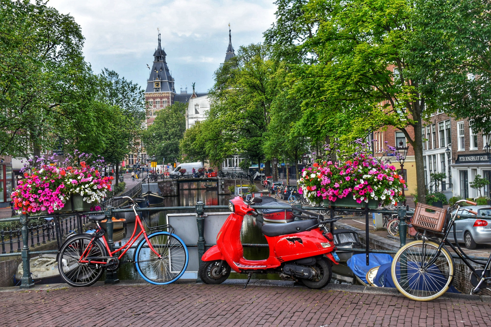 Amsterdam photo tours bridge