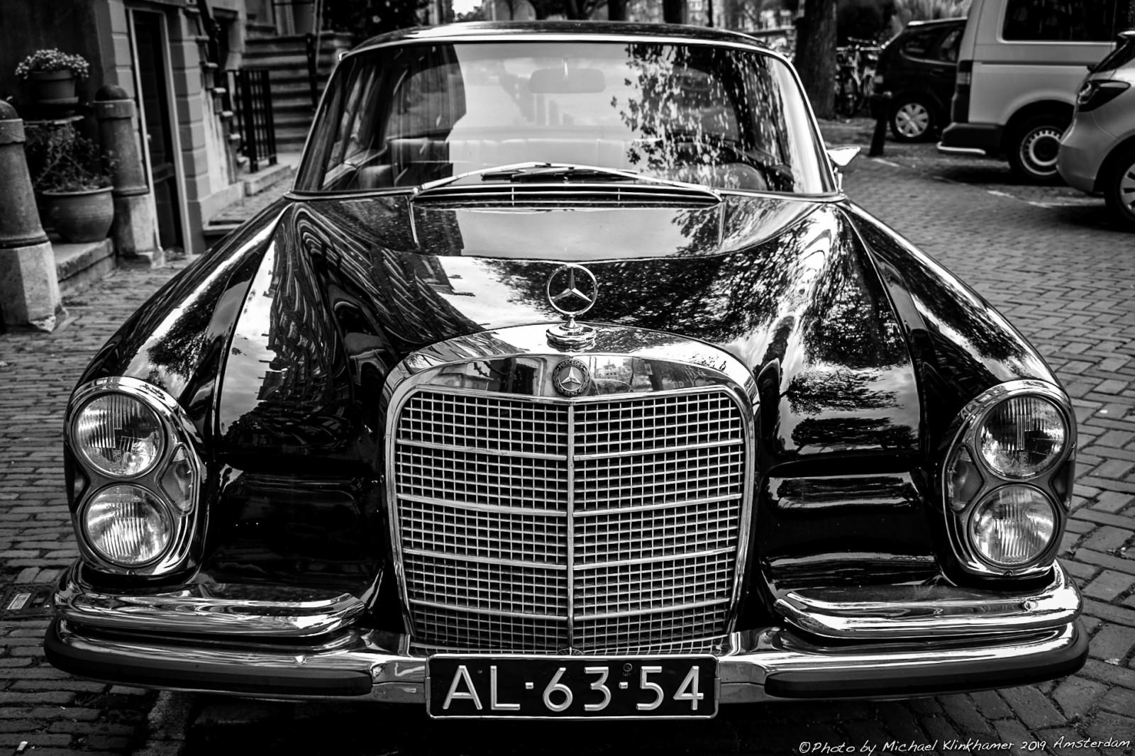 Mercedes Benz 280SE Coupe