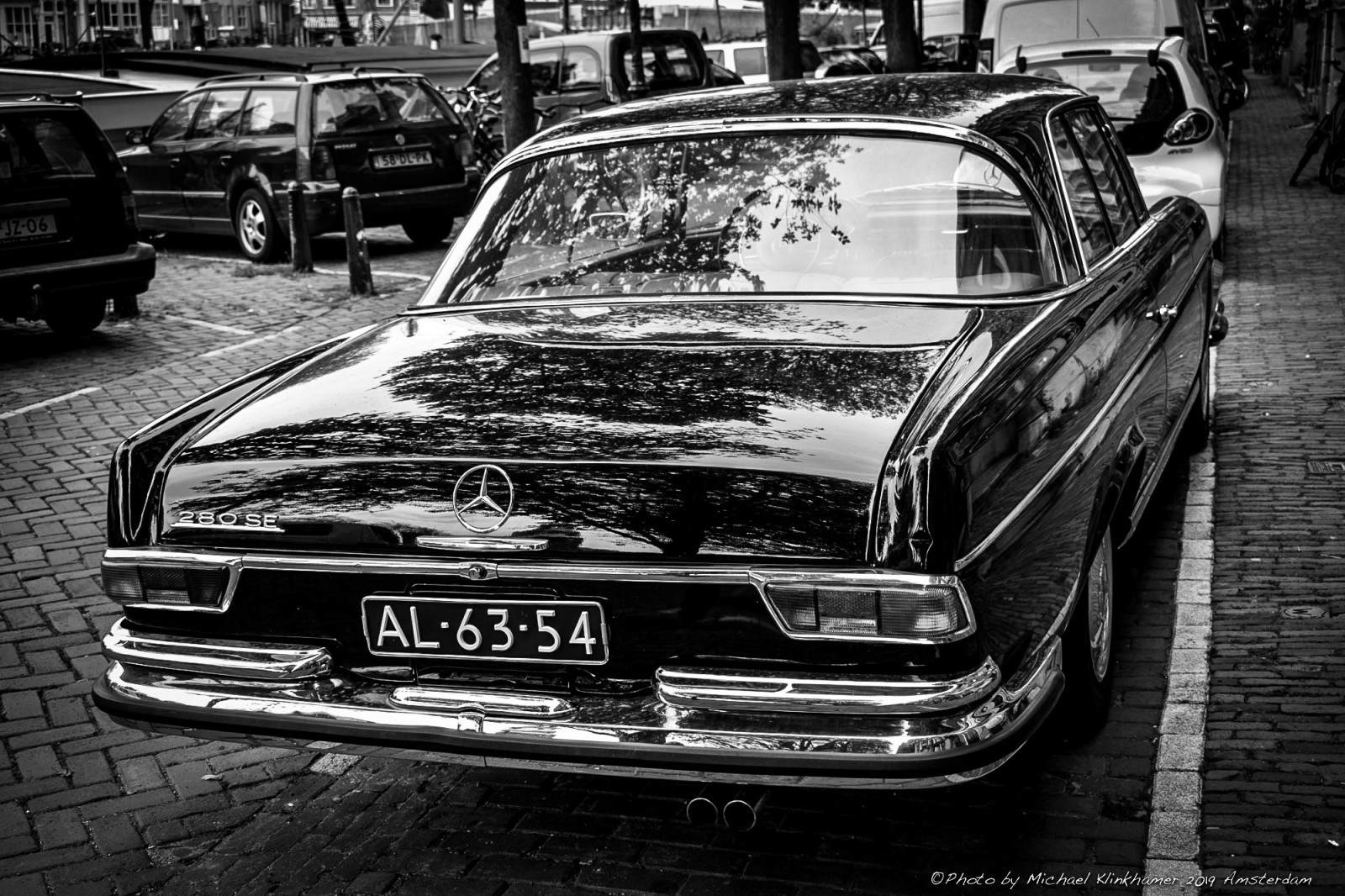 The coolest Mercedes Benz 280SE Coupe in Amsterdam