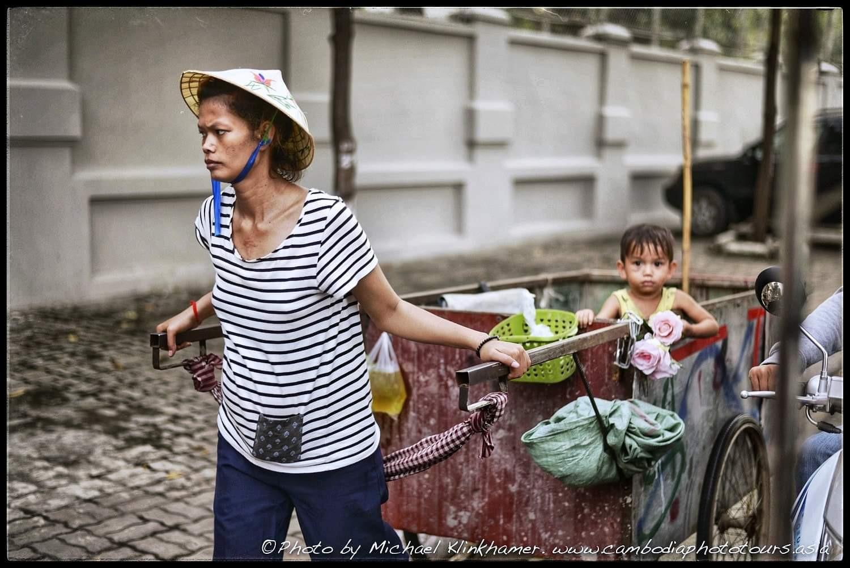 City of garbage Phnom Penh scavenger family