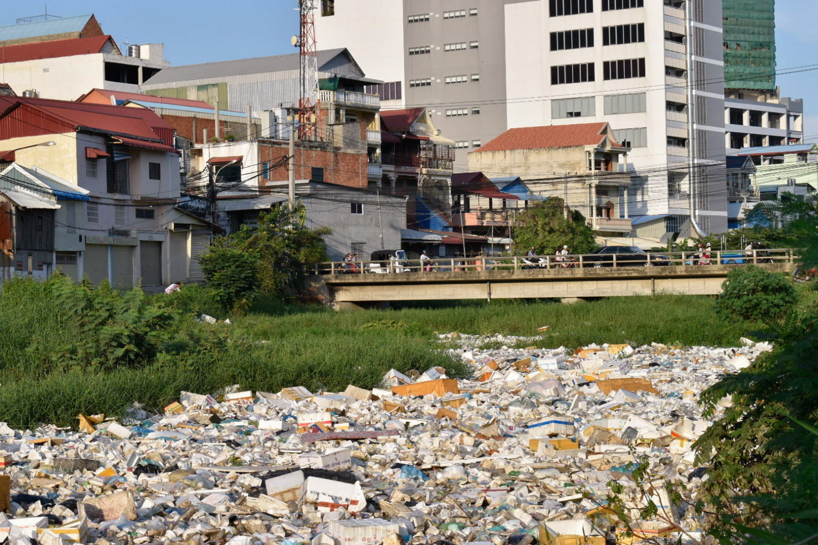 City of garbage Phnom Penh rivers of garbage