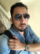 muneeb rahman - BUSINESS DEV