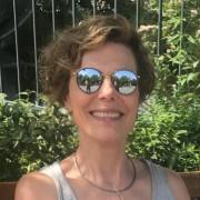 Ninia Voss -