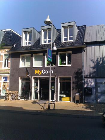 Maarten van MyCom's media